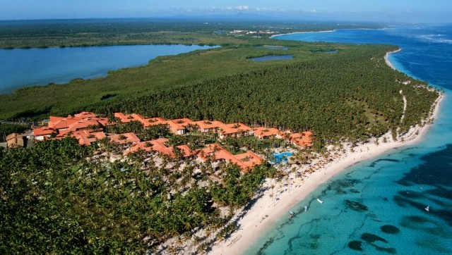 Отель Natura Park Beach Ecoresort & Spa 5*